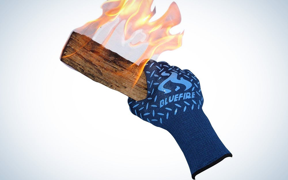 Cut and heat proof kitchen gloves