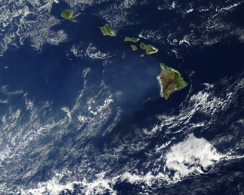 satellite image of hawaii with cloud