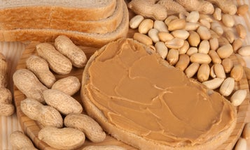 Half of the people who think they have food allergies actually don't