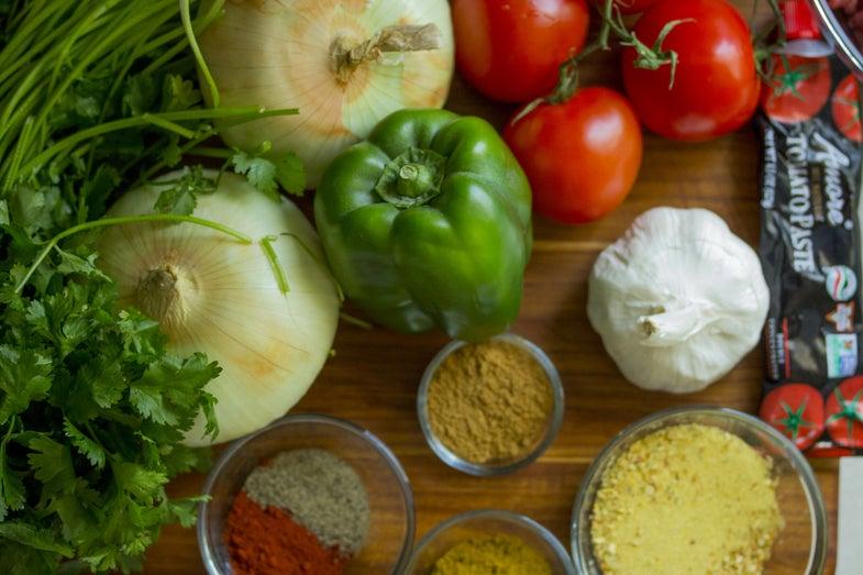 onion garlic peppers tomato