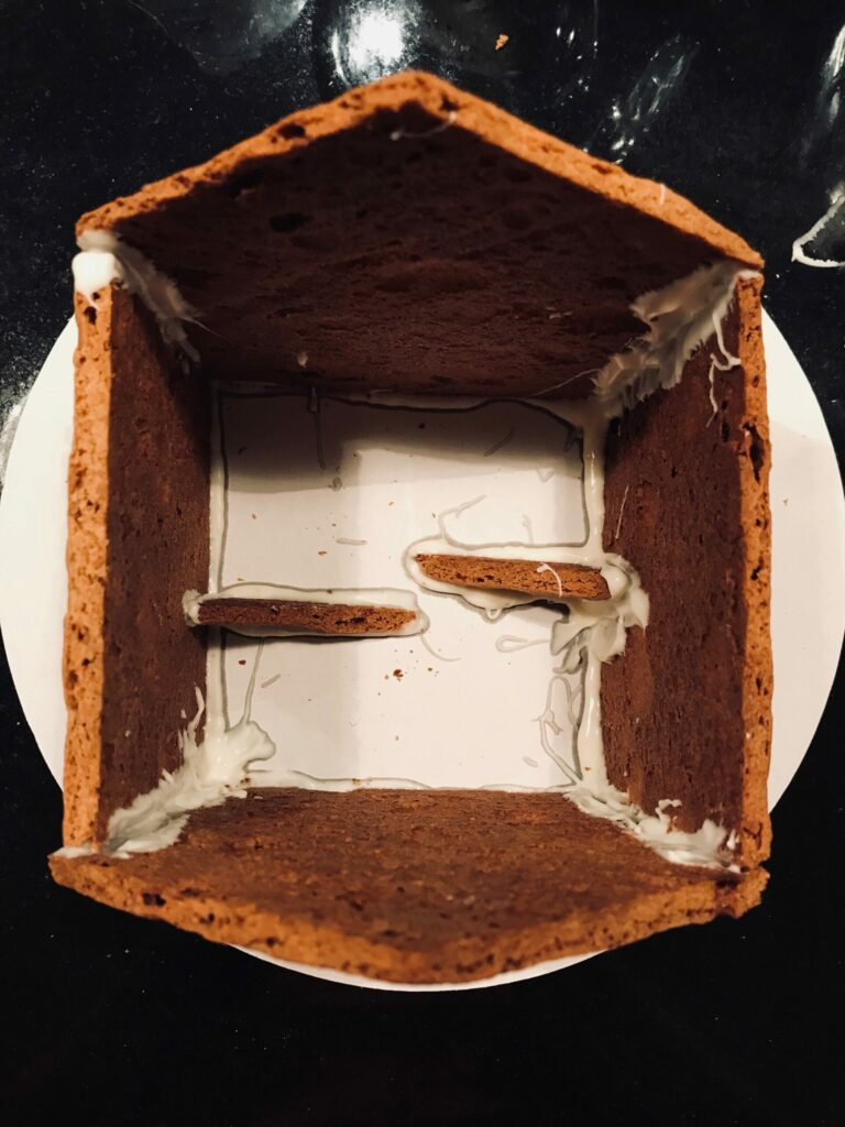gingerbread structural supports