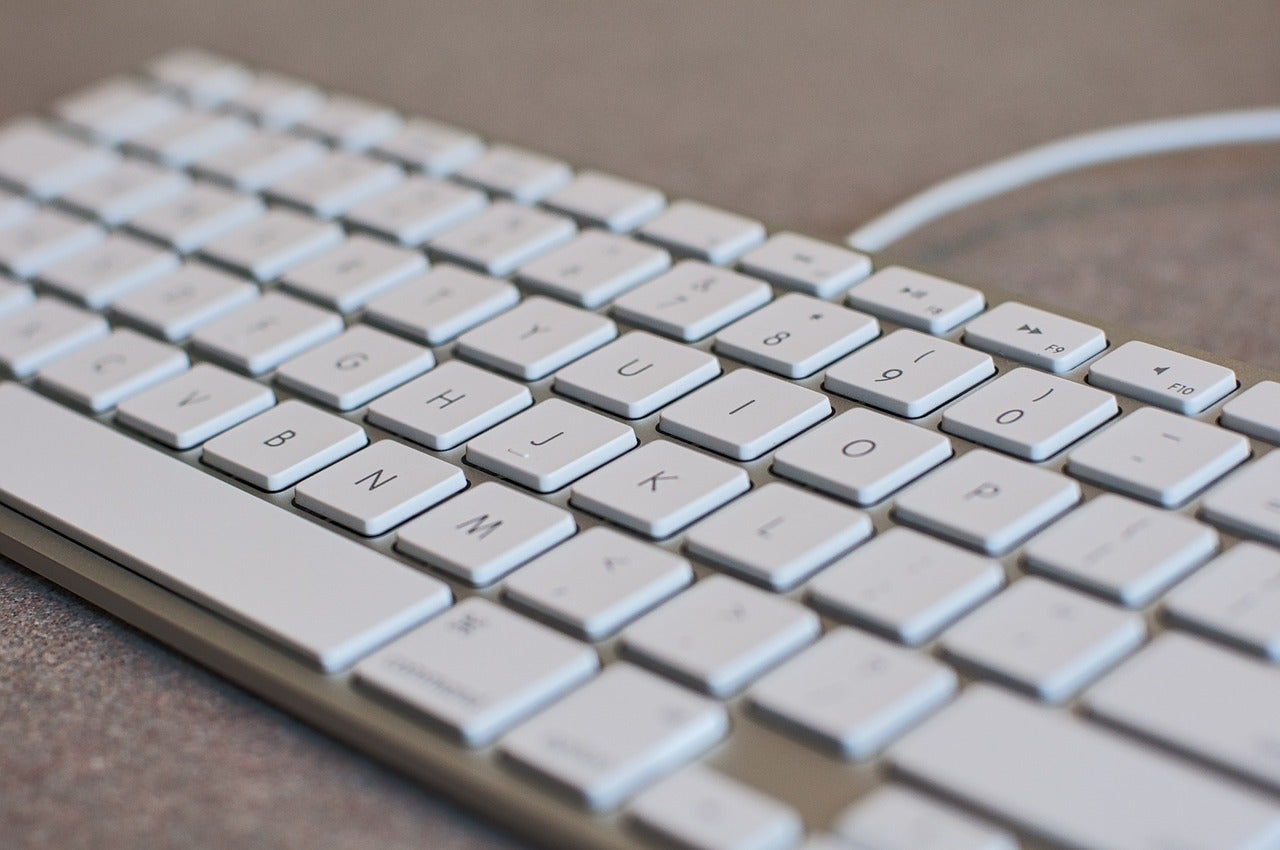 How to clean your keyboard without breaking it