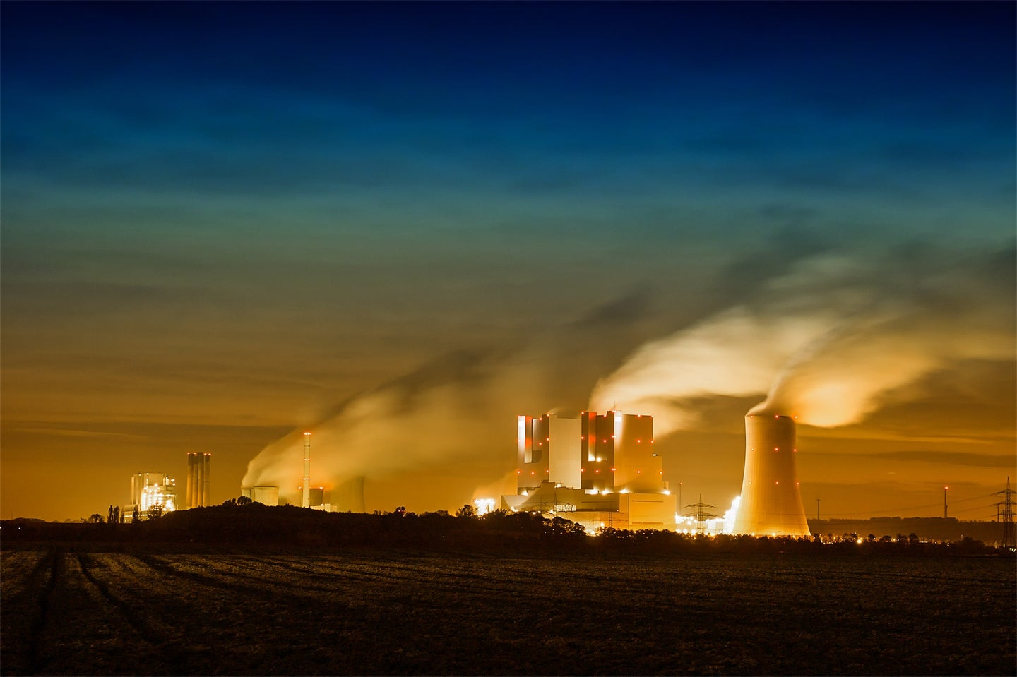 This powder could cheaply capture carbon pollution from power plants