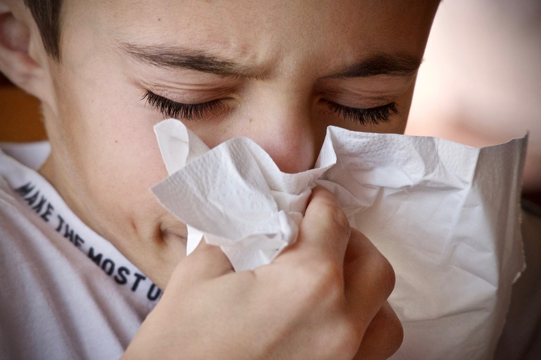 cold sneeze tissue
