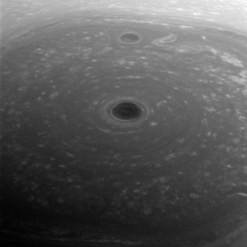 saturn hexagon storm