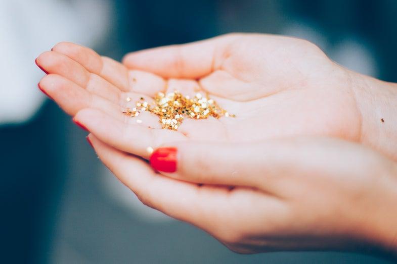 Glitter in hand