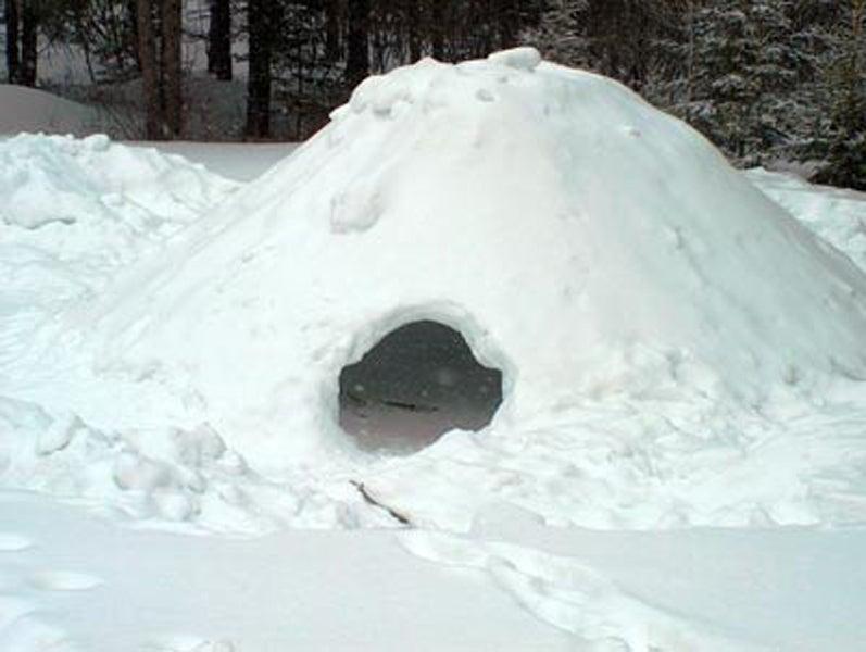 quinzhee snow shelter