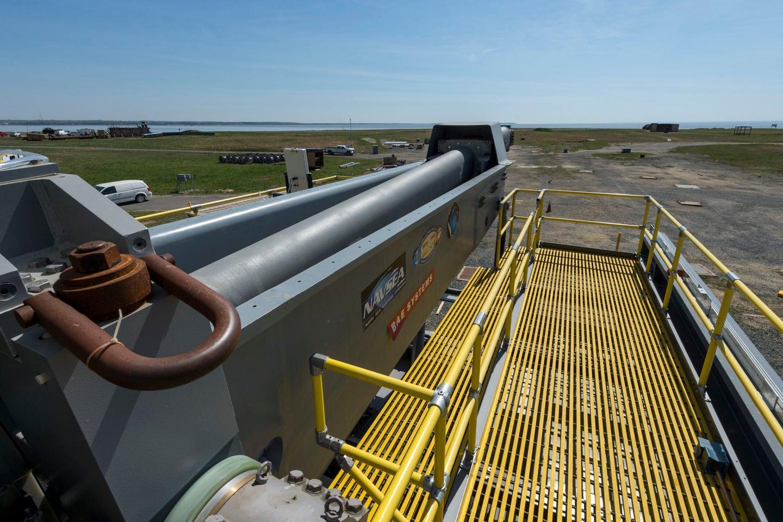 Electromagnetic Railgun at Terminal Range