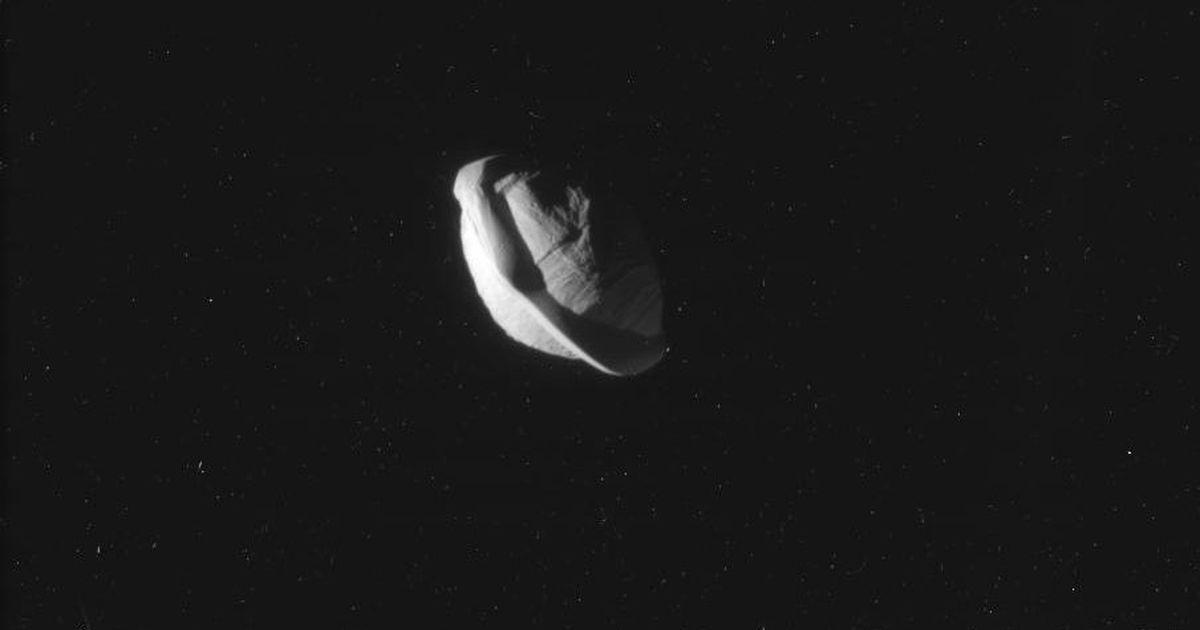 Saturn has a moon that looks just like a ravioli