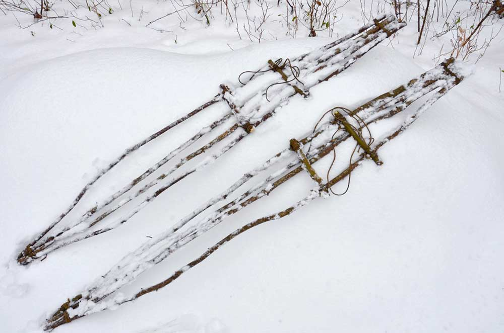 How to build snowshoes on the fly—and 4 other tips for surviving deep snow