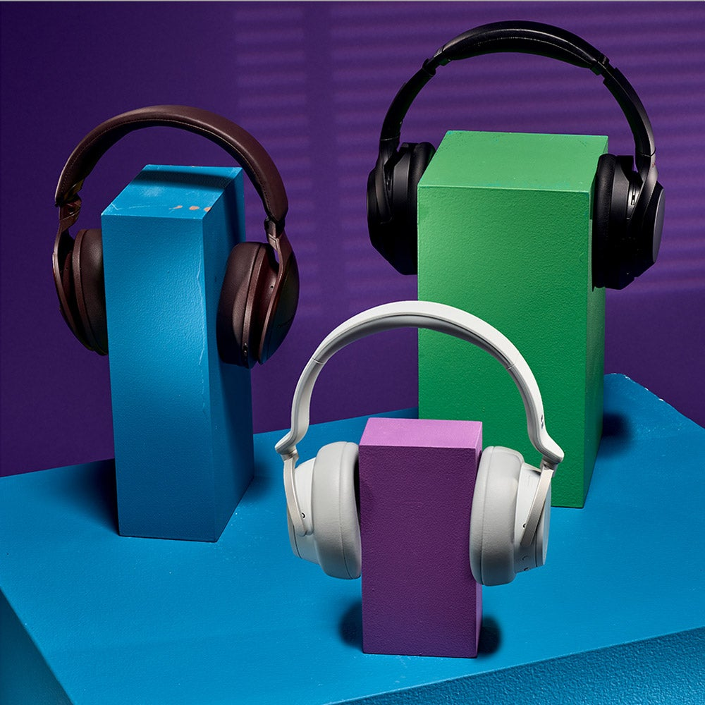 Three superb noise-cancelling headphones for traveling