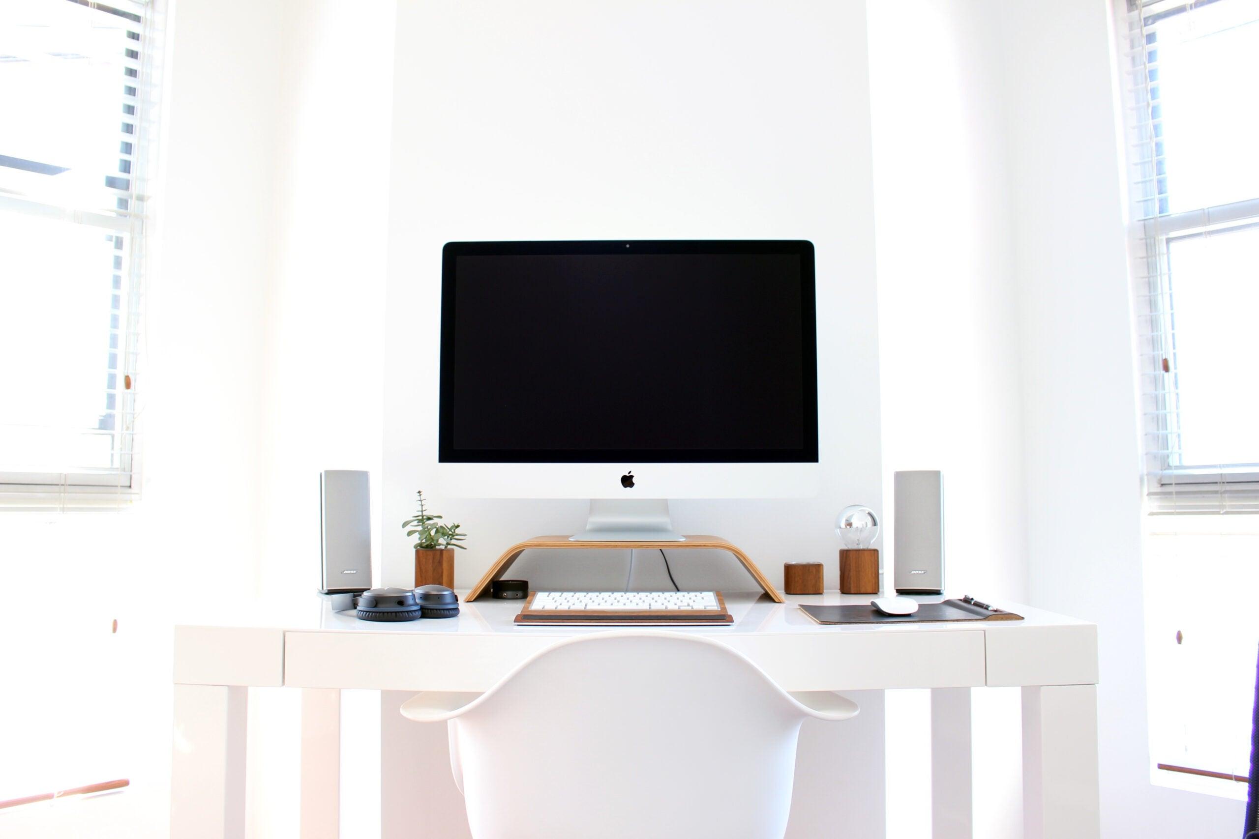 clean desk area