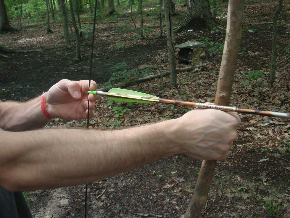 paracord string used as a survival bow