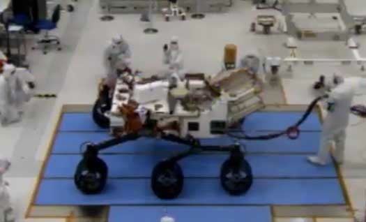 Video: Curiosity Rover Tries Out Its New Wheels for the First Time