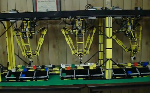 Video: An Industrial Robot Made Entirely of Legos Sorts 48 Items Per Minute