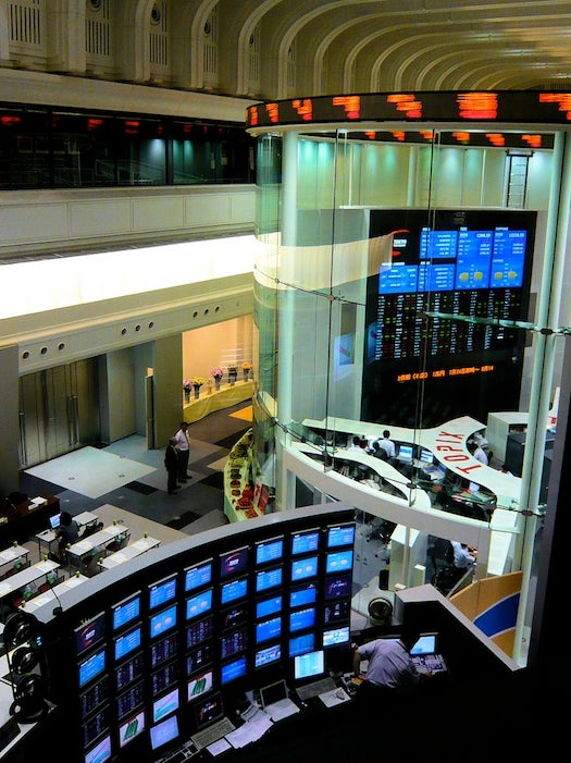 Stock Trading Robot Makes Decisions Based on Superstitious Algorithms