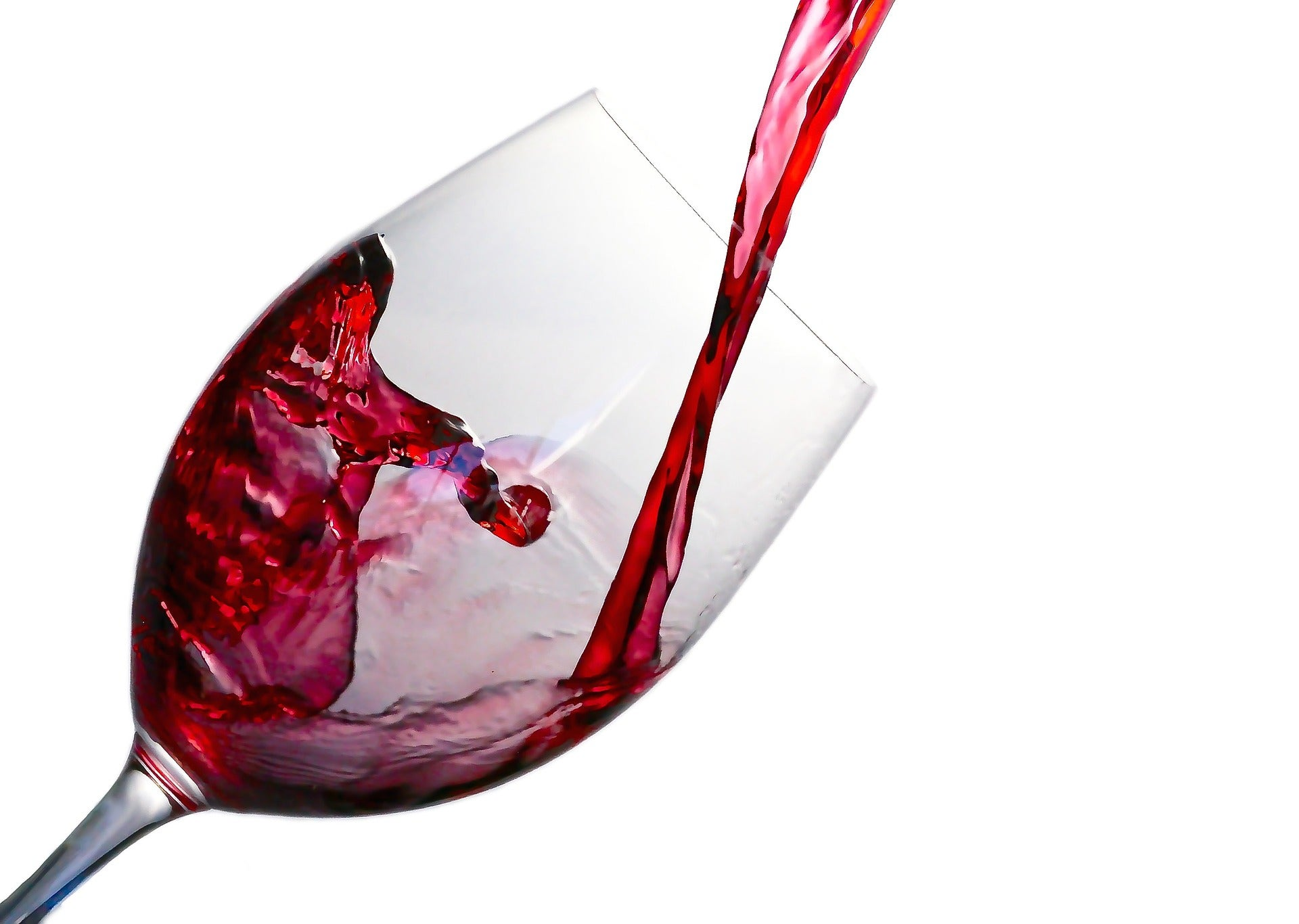 Why does red wine make me feel sick?