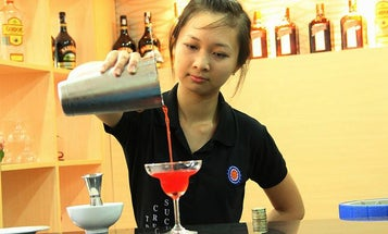How To Use Science To Get Better Bar Service