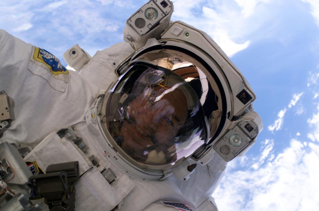 Jeff Williams Breaks U.S. Record For Most Days In Space