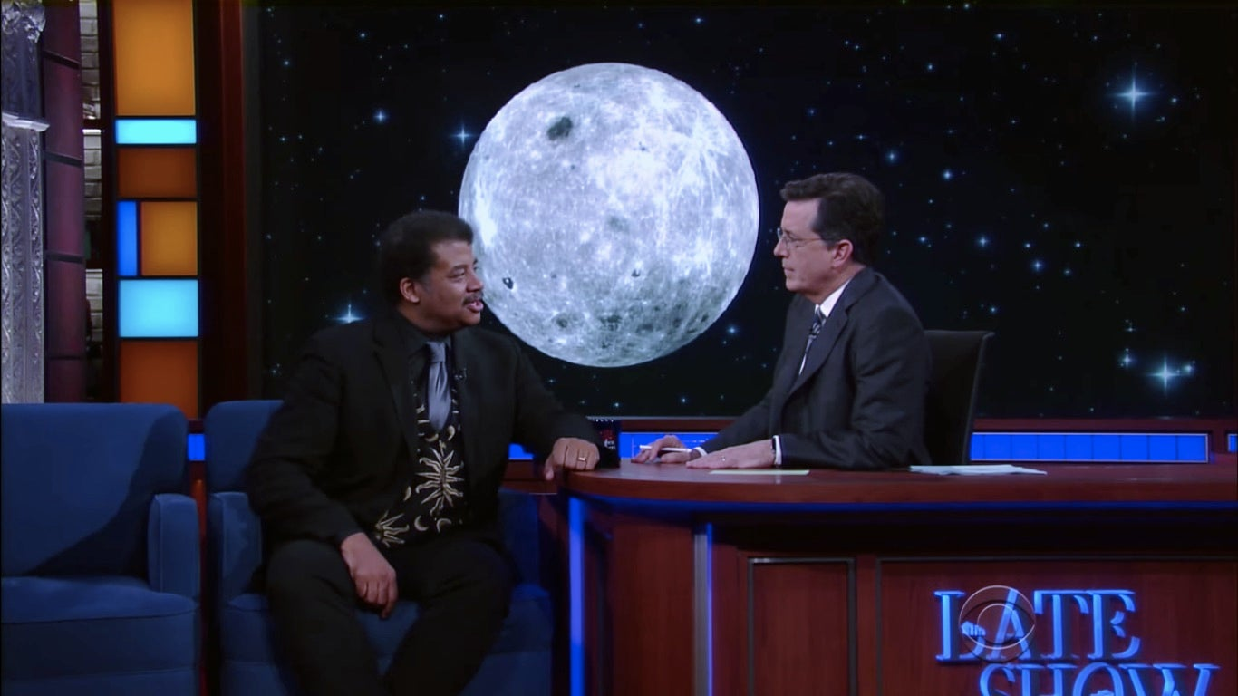 Neil deGrasse Tyson Talks Moons on 'The Late Show'