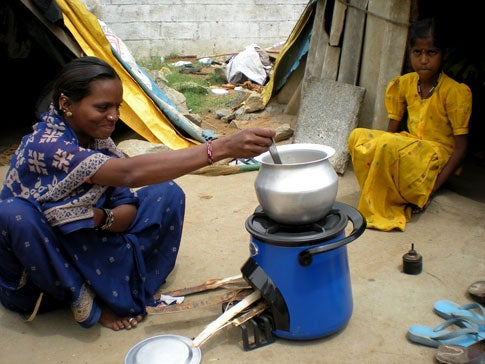 Secretary Clinton's Clean Stove Initiative Aims to Cut Carbon-Filled Cooking Smoke Worldwide