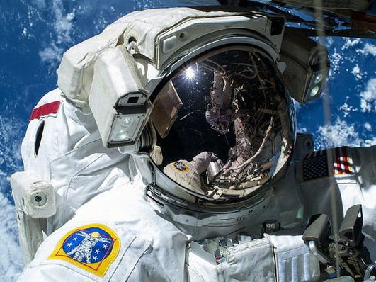 Selfies From Space, Slush Waves, And Other Amazing Images Of The Week