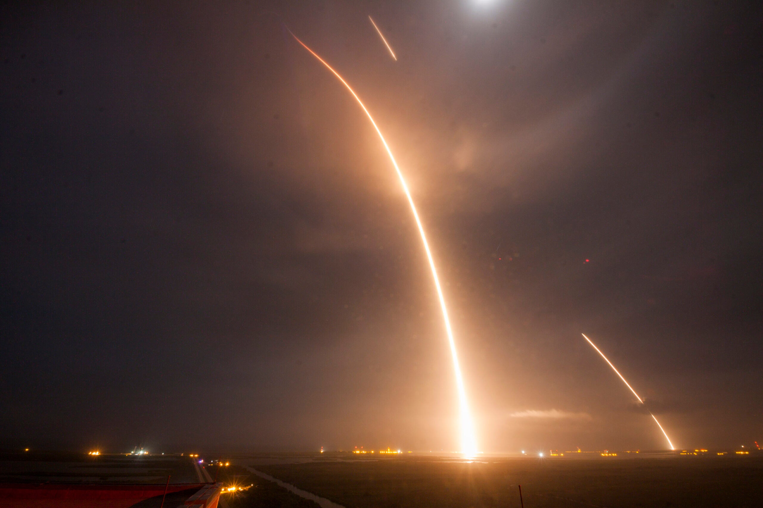 Missed The SpaceX Landing? Watch It Here