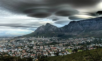These saucer-shaped clouds look just like UFOs
