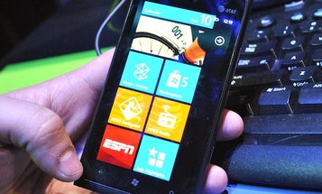 Hands-On Impressions of the Lumia 900, Nokia's Great New Windows Phone