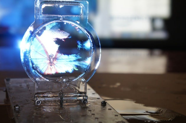 Video: The World's Thinnest Transparent Display is a Soap Bubble