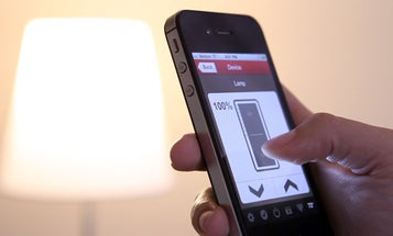 The World's First LED Lightbulb You Can Control With a Smartphone