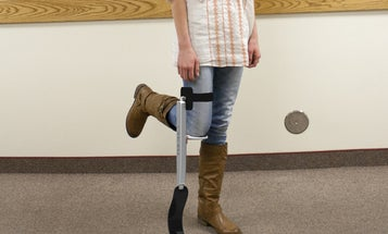 Video: FlexLeg Pseudo-Prosthesis Lets You Run When Your Leg Is Broken