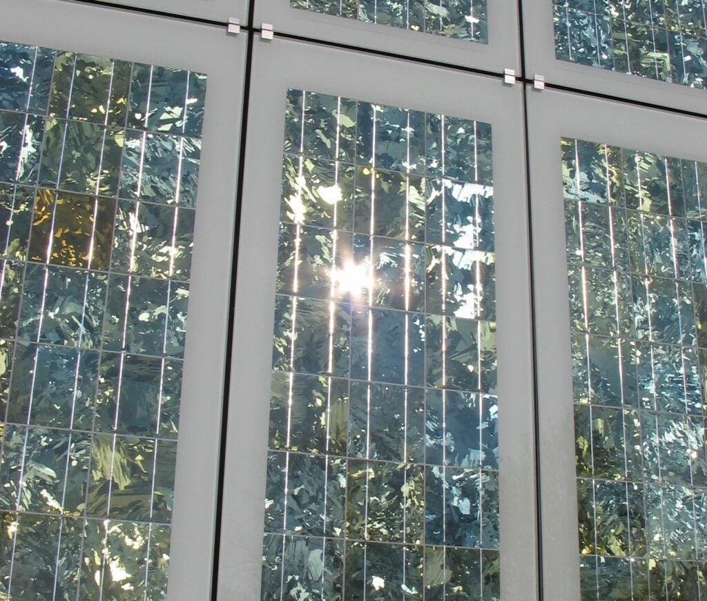 transparent photovoltaic cells