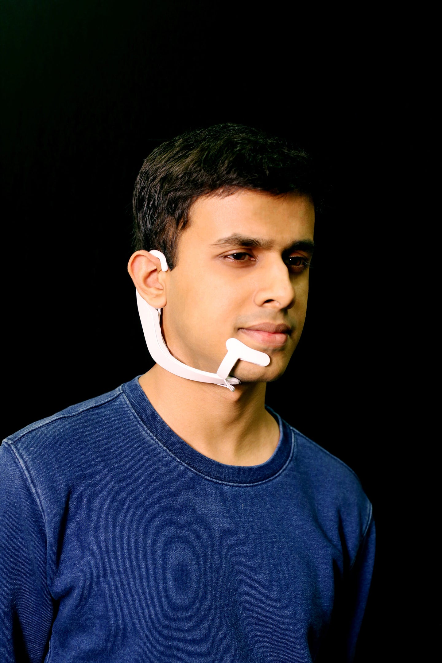 MIT is making a device that can 'hear' the words you say silently