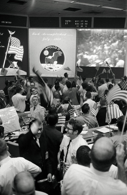 Vintage Big Pic: NASA Mission Control Celebrates The Return Of Apollo 11
