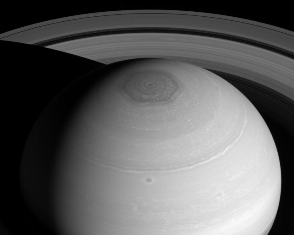 Big Pic: A Portrait Of Saturn's Best Features