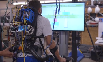 This Paraplegic Man Used A Wii Balance Board To Stand Again