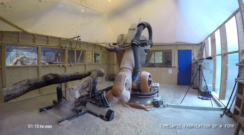 Robot Saws Its Own Wood, Designs Its Own House