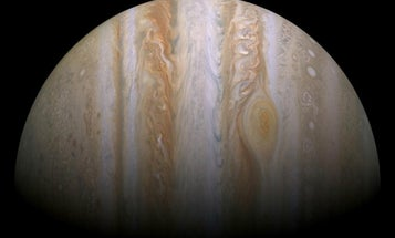 Could A Spacecraft Fly Straight Through Jupiter?