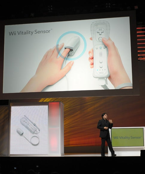 Wii Vitality Sensor Monitors Gamers' Heart Rates During Play