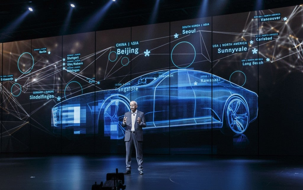 httpswww.popsci.comsitespopsci.comfilesimages201509mercedes-benz-intelligent-aerodynamic-automobile-concept-2015-frankfurt-auto-show_100527529_l.jpg