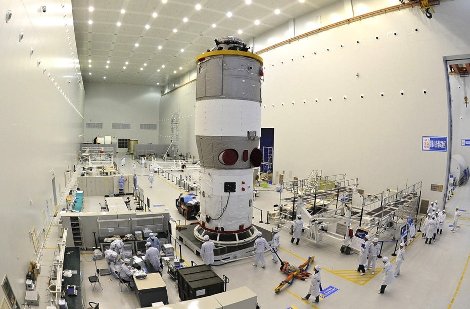 tiangong-2 in assembly