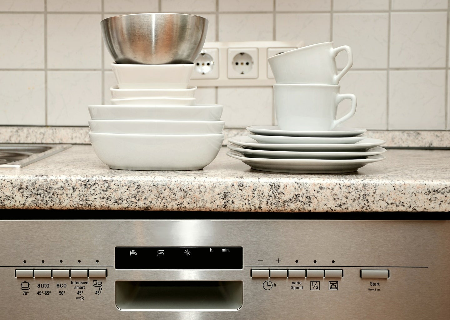 Surprising things you can clean in the dishwasher