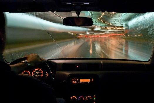Intelligent Headlights Make Raindrops Disappear
