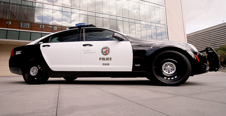 VIdeo: LAPD's New Cruiser Automatically Tracks License Plates and Suspects' Footprints