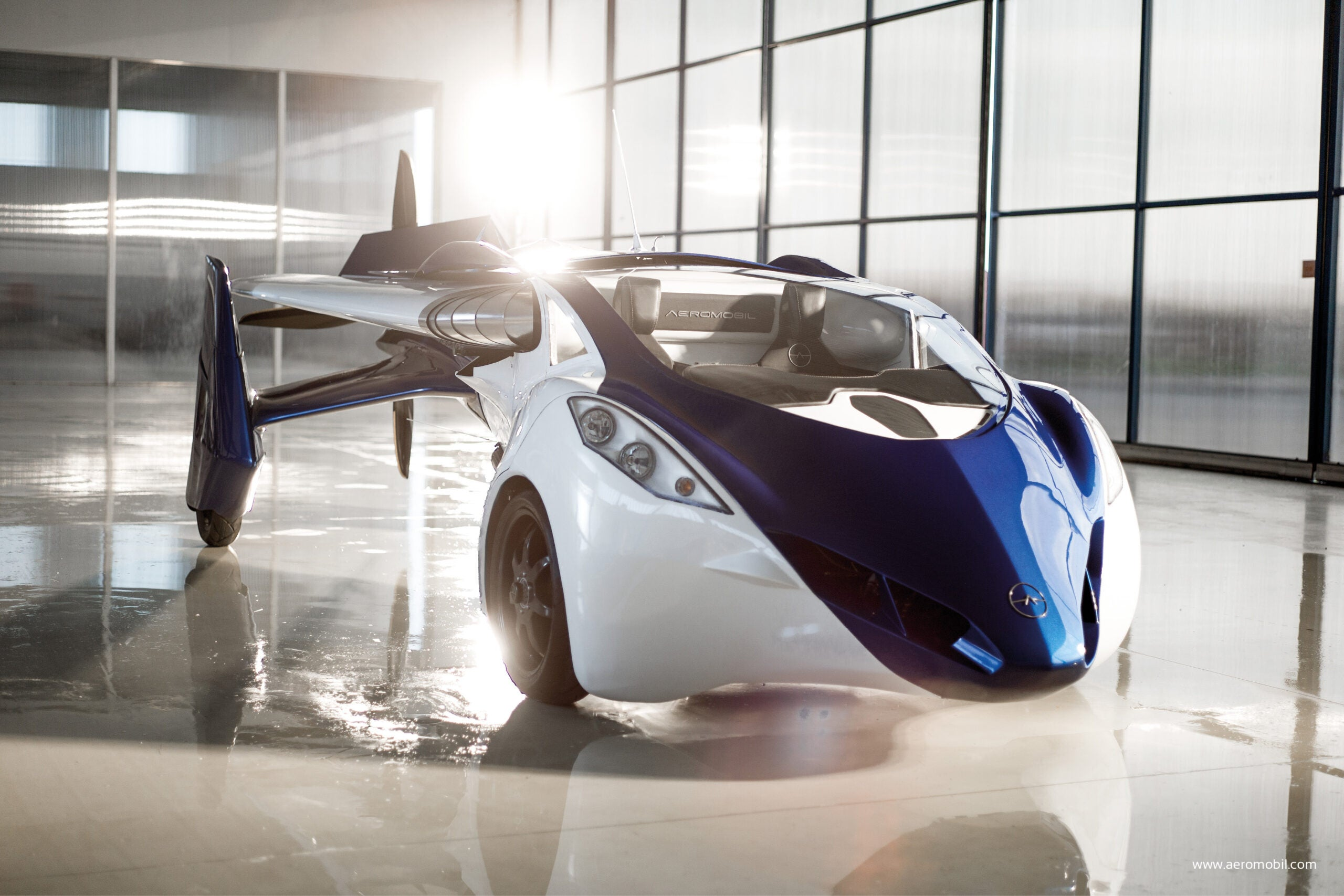 SXSW 2015: AeroMobil Says It Will Put Its Flying Car On The Market In 2017