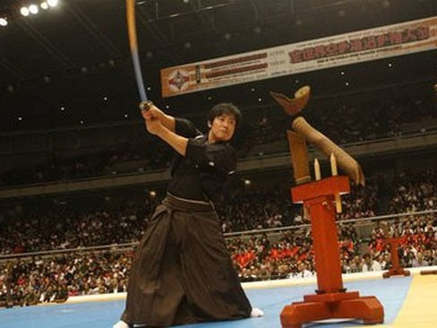 Video: A Master Swordsman Cuts A 100-MPH Fastball In Half