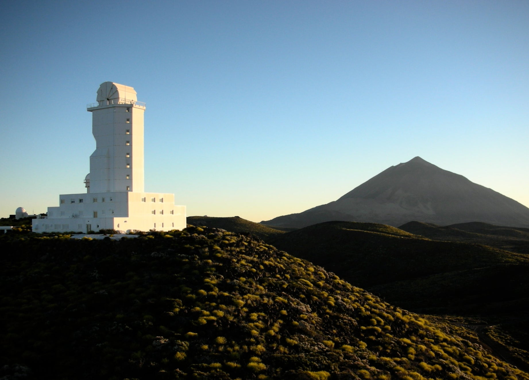 A Global Astronomy Social Network To Let Amateurs Peep Through Robotic Telescopes