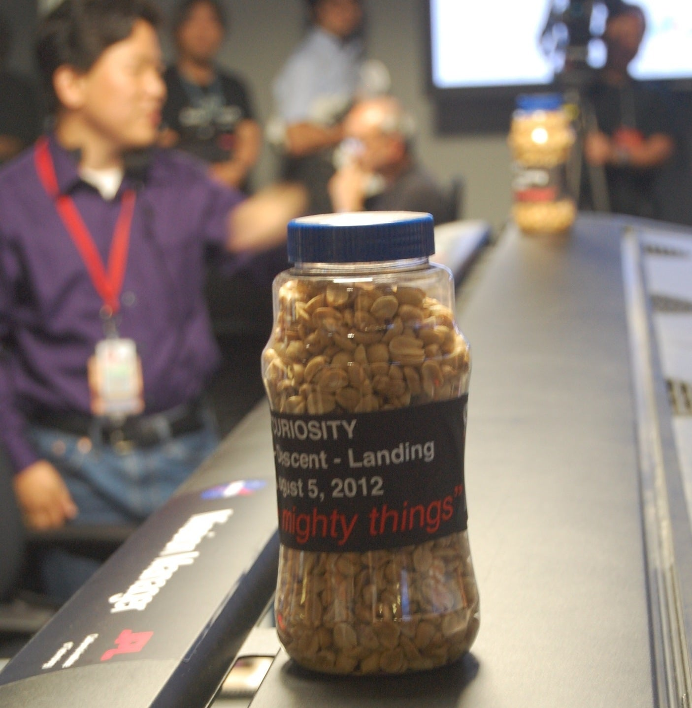 The Scene at NASA's Mars Rover Landing Watch: Peanuts, Playoff Beards and Other Curiosities