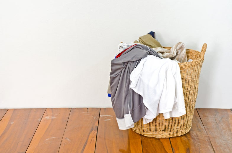 How to wash your clothes without wearing them out